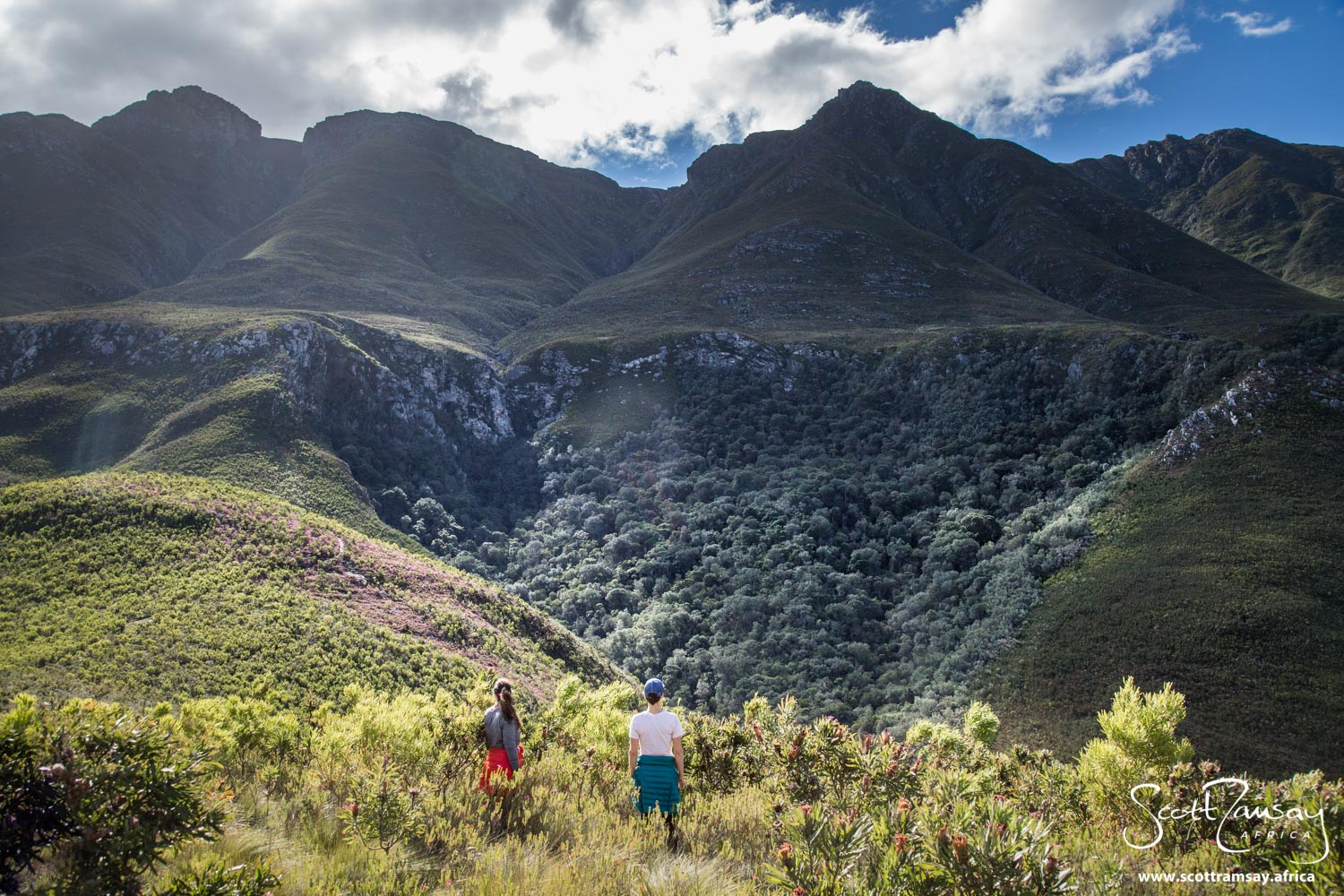 My friends Julia and Hailey checking out the mountain peaks of the Swellendam Mountains, in Marloth Nature Reserve